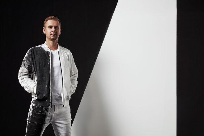 Armin van Buuren yılı 'A State of Trance Year Mix 2019' albümüyle kapatıyor