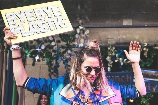 1500 DJ performanslarında tek kullanımlık plastik kullanımını sona erdiriyor