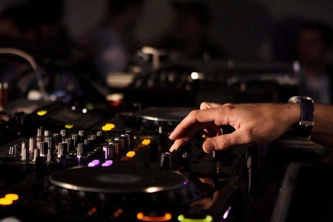 Apple Music DJ mikslerinden kazanç elde ettirecek yeni teknoloji geliştirdi