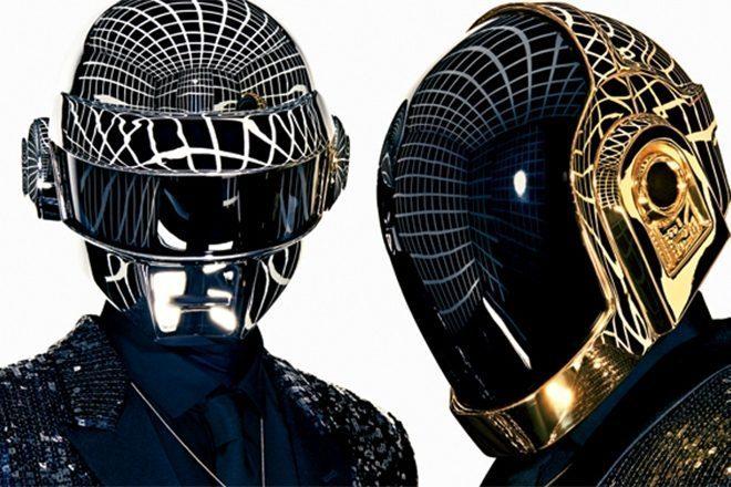 Daft Punk'ın Alive turnesinden daha önce görülmeyen görüntüler