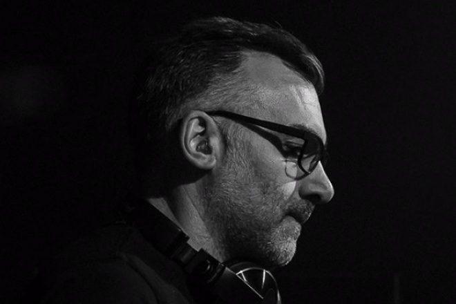 Ferhat Albayrak, Christian Smith'in Ünlü Radyo Şovu Tronic'e Konuk Oldu
