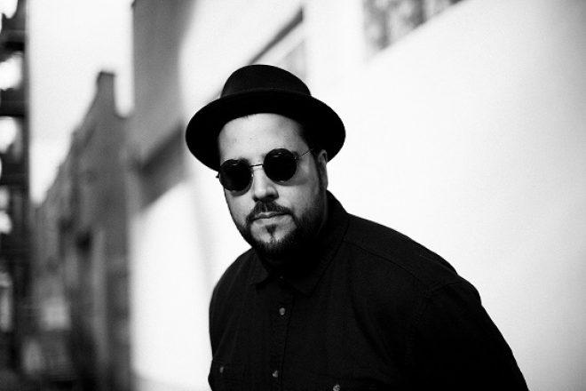 Luca Musto'nun ilk uzunçalar albümünden ilk tekli: 'Nice Place, Bad Intentions'
