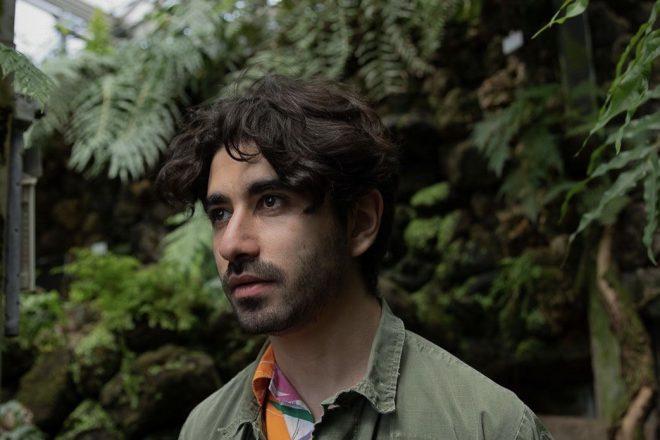 Mehmet Aslan, yeni kısaçalar albümü 'Lobster Is Coincidence'tan ilk teklisini paylaştı