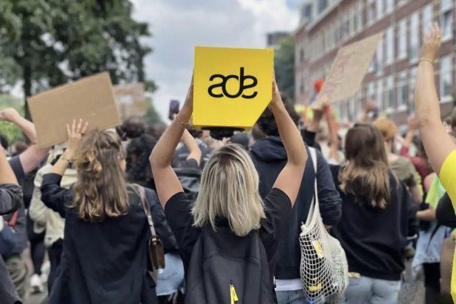 Amsterdam Dance Event 2021 programını gece yarısı öncesi saatlere göre yeniden düzenledi