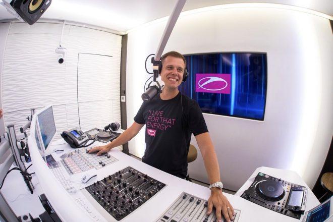 A State of Trance radyo şovunda 1000'inci bölüm sevinci