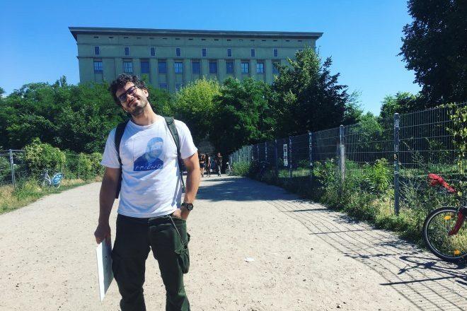 DJ Berghain'daki ilk performansının ayrıntılı hikayesini Reddit'te okuyucular ile paylaştı