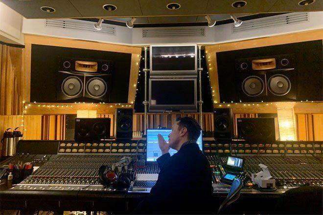 Elon Musk müzik prodüktörlüğüne adım attı