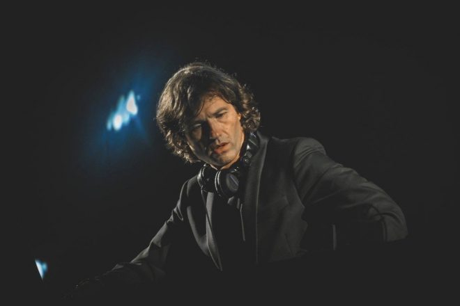 Hernán Cattáneo'nun canlı orkestral şovu Connected şimdi Netflix'te