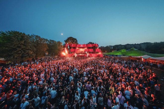 Eric Prydz, Jeff Mills, Richie Hawtin, Tale Of Us ve daha fazlası Loveland Festival 2020 için açıklananlar arasında