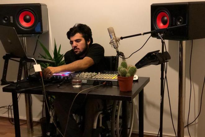 Dünyanın ilk engelli DJ/müzik prodüksiyon eğitmeni adayı için destek kampanyası