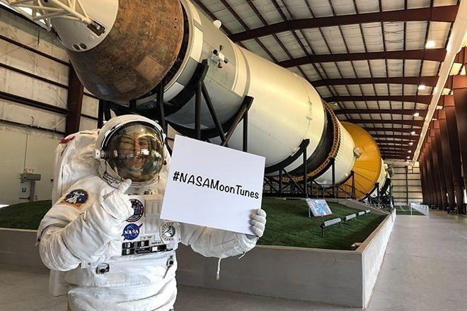 NASA bir sonraki Ay yolculuğu için oluşturduğu çalma listesine katkınızı bekliyor