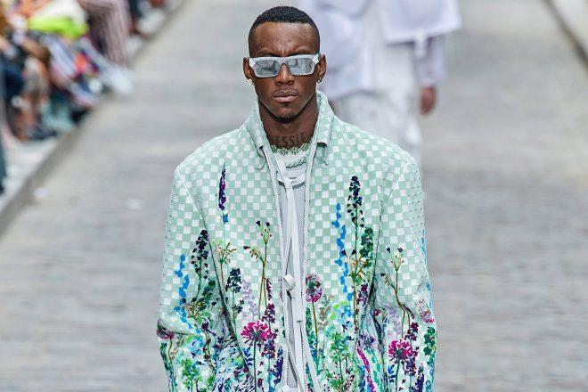 Virgil Abloh, Louis Vuitton İlkbahar/Yaz 2020 erkek giyim lansmanında farklı sektörlerden isimlere yer verdi