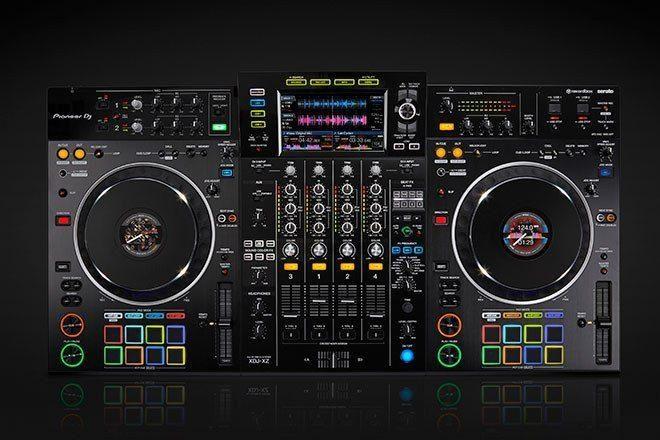 "Pioneer DJ yeni ""hepsi bir arada"" amiral ürünü XDJ-XZ'i tanıttı"